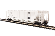 Image of item 1889 H32 Covered Hopper, Penn Central, Gray with Black Lettering, 4-pack, HO