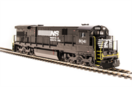 Image of item 4412 GE C30-7, NS #8041, Black & White, Paragon3 Sound/DC/DCC, HO